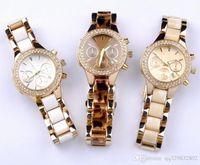 relógios de vestido branco venda por atacado-Top vestido de Luxo das mulheres relógio branco Diamante bisel Dial decorativo Rose calendário pulseira de ouro Folding fivela presente Marrom para boas meninas