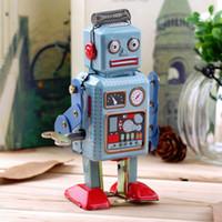 ingrosso giocattoli a vento in metallo-Orologio meccanico vintage Wind Up Metallo Walking Robot Tin giocattolo per bambini regalo in tutto il mondo vendita calda