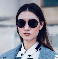 kadın s yuvarlak güneş gözlüğü toptan satış-Yuvarlak Retro 60 s / 70 s Vintage Moda Metal Kadınlar Ayna Degrade Lens SUNGLASSES Asetat Çerçeve 97079 Oculos De Sol