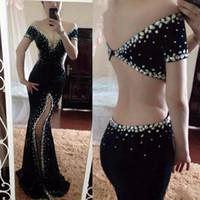 vestido de concurso de veludo azul venda por atacado-Sexy Black Velvet Sereia Vestidos de Baile Fora Do Ombro Cristais Dubai Cut Side Dividir Formal Evening Pageant Vestidos 2017 Vestido Formal Do Partido