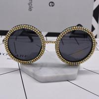 runde schwarze rahmen für gläser großhandel-neuer Frauenart und weise sunglass Kristall, der übergroße barocke Sonnenbrille schwarzen vollen Rahmen große runde Sonneglasestrand im Freienzubehör glänzt