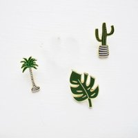 Wholesale Jeans Leaf - Wholesale- Free Shipping Cute Oil Drop Cartoon Green Tree cactus Leaf Metal Brooch Pins Fashion Jeans Clothes Decoration Jewelry Wholesale
