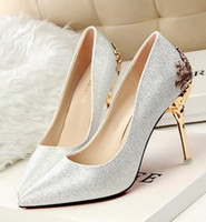 ayakkabı oyulmuş topuklu ayakkabı toptan satış-Womens yüksek topuklu Süet Ayakkabı pompalar oyma metal topuk sivri Düğün Ayakkabı 9 renkler bırak lady noel hediyesi nakliye