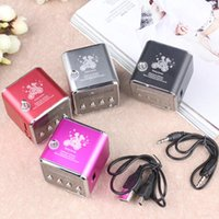 Wholesale Wholesale Small Radio Speaker - HOT SELLING very small portable mini speaker with display FM radio with insert card play computer MP3