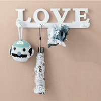 All'ingrosso 4 ganci bianchi speciali LOVE Shape Coat Hat Robe Portachiavi Rack Wall Storage Hanger Home Room Bagno Door Organizer Decoration