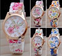 relógio de quartzo flor das senhoras venda por atacado-Mulheres relógio de silicone relógio de impressão flor de moda de Genebra senhoras de alta qualidade relógios de quartzo de moda relógio ponteiro presente