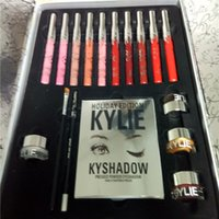 Wholesale Light Holiday Gifts Ship - 2017 chirtsmas New Limited Edition Kylie Cosmetics Holiday Edition Box Gift Set Global Shipping Kylie Holiday Edtion Kyshadow from iaimee 20