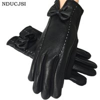 Wholesale White Leather Mittens - Wholesale- Winter Women Gloves Two White Lines Bow Luvas Warm Mittens PU Leather Guantes Bowknot Solid Femme Gloves Butterfly Bow G043