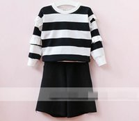 Wholesale Loose Sleeve Shirt Outfit - 2017 Autumn New Girl Sets striped cotton Long Sleeve T-shirt+loose Middle pants Fashion Outfits Children Clothing 317391