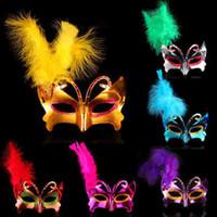 vestido de novia de venecia al por mayor-50 unids Barato Girls Feather Mask Halloween Christmas Masquerade Máscaras Mujeres Venice Queen Máscaras Wedding Prom Fan Dress Party free
