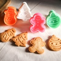 Wholesale 4Pcs set Cookie Stamp Biscuit Mold D Snowman Cookie Plunger Cutter DIY Baking Mould