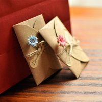 Wholesale DIY retro handmade greeting cards kraft envelopes dried flowers cards birthday cards New Year gifts cards