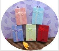 mode-displays großhandel-7 * 9 * 2.5cm Art und Weiseanzeige Verpackengeschenkkästen-Schmuckkasten, hängender Kasten, Ohrringkasten-Ringkasten Mehrfarbenfarbe gelegentliche Farbe 24pcs / lot