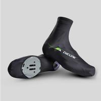 cubiertas de zapatos de lycra al por mayor-Cubre zapatillas de ciclismo Cubre de bicicleta Ciclismo carreras cuidado de zapatos Spandex A prueba de viento cálido Lycra Ciclismo recién llegado
