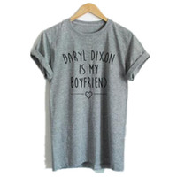 Compra Camicia Daryl Dixon-Il Camminare Dead T Shirt Donne Cotton Short Sleeve Daryl Dixon è My Boyfriend Print T-Shirt Donne Estate Tops Tee Camiseta