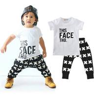 meninos terno top calças venda por atacado-Meninos Conjuntos de Roupas Casuais Cartas de Bebê Cruz Padrão Moda Ternos Roupas Infantis Crianças Tops Calças 1-5 T LG2017