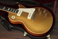 griffbrett inlay gitarre großhandel-Custom Shop 1956 Gold Top Goldtop E-Gitarre Special Once Piece Saitenhalter Dual P90 Pickups Trapez Weiß MOP Griffbrett Inlay