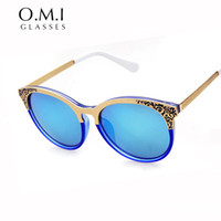 Wholesale Christian Metal - WHOCUTIE 2017 Trends Versae Sunglasses Women Metal Carving Flower Vintage Gothic Rays Sun Glasses Christian Brand Designer OM214