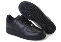 sapatilhas de obrigação venda por atacado-Sapatos Casuais de alta Qualidade Nova Marca Preto Branco Sapatos Baixos Bond Casal Sapatos de Skate Homens Land Sneakers Forças One 1 Botas de Lona Clássica