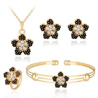 Esmalte Black Flower Necklace Brincos ajustável Anel Braceletes Crystal Gold Plated Jewelry Set para Mulheres Wedding Jewelry Gift