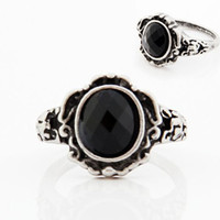 Wholesale cheap great gifts - Wholesale- 2017 Hot Marketing Free Shipping Jewelry Women Ladies Fashion Carved Vintage Imitate Black Onyx Ring Accessory Great Gift Cheap