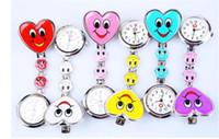 quarz herz taschenuhr großhandel-Herz-Form-Karikatur-Lächeln-Gesichts-Krankenschwester-Uhr-Klipp auf Fob-Brosche-hängender Taschen-Uhr-Doktor Fob Quarzuhr-Kindergeschenk-Uhren