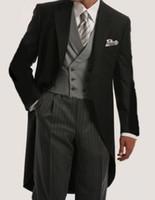 roupas de noivo venda por atacado-Noivo Smoking melhor casamento do homem do terno Groomsman Homens Ternos de casamento Noivo Ternos Jantar Prom personalizado Roupa Tailcoat (Jacket + Calças + Vest)