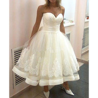 Wholesale Latest Ball Wedding Gowns - US2-26W++ Sweetheart Short Wedding Dresses Ball Gown Bridal Appliques Latest Design Tulle Tea Length Bridal Gowns Hot Sale Modern