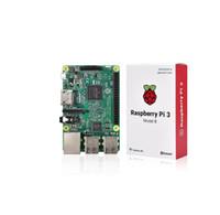 lcd için güç kaynağı panoları toptan satış-Freeshipping Ahududu Pi 3 Model B Kurulu + Yeni sürüm 3.5 Inç LCD Dokunmatik Ekran + Pi 3 Kılıf + HDMI Kablosu + 2.5A Güç Kaynağı + 8 GB SD Kart için pi 3