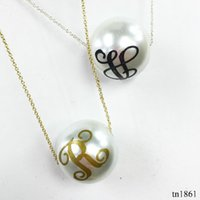 Wholesale Trendy Chain Necklaces For Women - Hottest Sale Trendy Monogram 16mm Pearl Wholesale Christmas Gift Jewelry For Women Fashion Pendant Printed Letter Pendant Necklace