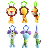 Jeux de chiens pour enfants Prix-Vente en gros- Baby 0-3 ans Cute Rattle Hand Bell Toys pour enfants 6 Style Bird Chicken Lion Dog Animal Plush Happy Monkey Kids Game Gifts