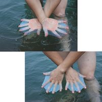 Wholesale Glove Silicon - 1Pair Outdoor sports Swimming training Webbed Gloves Adult Swimming Finger Fin Hand Paddle Wear Silicon Swimming Fins (3 Size)