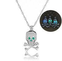 New Hollow-out The Mermaid / Skull Luminous Collier Mermaid Cages Locket Pendentif Collier DIY Perle Pendentif Collier