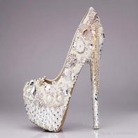 elegante brautschuhe für hochzeit großhandel-Elegante Strass Stiletto Heels Hochzeit Schuhe Quaste Party Schuhe für Damen Sommer Sandalen Hochzeit Brautschuhe mit hoher Qualität