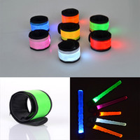 Nylon Lumineux Decorações Braçadeiras Night Reflective Wristband Pulseira LED Glow In The Dark Party Supplies Eventos Favors C43L
