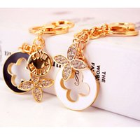 Wholesale 24k white gold rings - Beautiful Four Leaves Clover Key Chains Creative Keychain Fashion Keyring Crystal Metal Key Ring Car Accessories Women Bag Charm