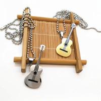 guitarra de moda al por mayor-Collar colgante de la guitarra para mujeres regalo de la joyería musical Nuevo collar de la música de acero moda hombres