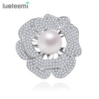 Wholesale Large Pearl Flower Brooch - Fashion Flower Wedding Brooches Clear Rose Cubic Zircon Round A Large Cream Sea Shell Pearl Pins for Women Wholesale LUOTEEMI