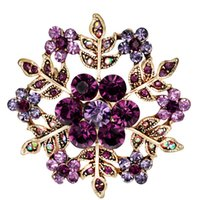 Wholesale Snow Brooch - snowflakes brooch Rhinestone Christmas Brooch Pins Crystal Large Snowflake Winter snow Theme Brooches for women 170739