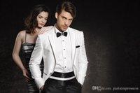 beyaz fildişi damat smokinleri toptan satış-Erkekler için beyaz fildişi yaka damatlar fildişi düğün takımları smokin iki parçalı erkek takım elbise slim fit bir düğme groomsmen takım elbise ceket + pantolon + kravat ABC