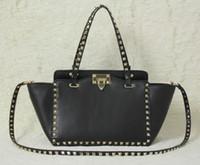 ingrosso piccola borsa bianca-Lady in pelle nuova borsa a tracolla della borsa di modo oro rivetto Incontri Data sacchetto nero di piccola dimensione nero kaki colori Bianco Rosso
