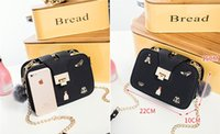 New Arrival Vintage Fashion Badge PU Leather Three Layer Box Shape Ladies Bolsa de ombro Bolsa Casual Crossbody Messenger Bag
