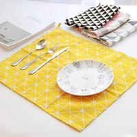 ingrosso tessuto di lino di qualità-Tovagliolo stile europeo dello stesso tipo su Instagram Rectangle Linen Cotton Fabric Tappetino da tavolo di alta qualità per la cena colorato