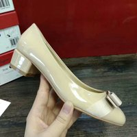 SMI11 Nude Colour Court Pumps Arco Bowtie Metal Fibbia Bow 4 CM Low Heel Donne Scarpe in pelle Pelle di cuoio genuina Sz 35-41