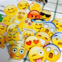 Grossiste-Harajuku broches Emoji Badge acrylique Broche Pour Unisexe Vêtements Badge Décoratif Rozet Collier Écharpe Lapel Emoji Broche A0528