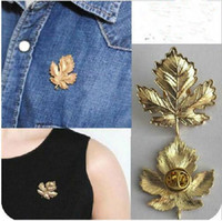 Wholesale Vintage Leaf Pin Brooch - Wholesale- xz078 Brooches for Women Vintage Beautiful Maple Leaf Men Brooch Accessories Badge Brooches Fashion Jewelry Lapel Pin 2017