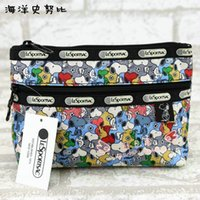 Wholesale Leopard Gift Bags - Wholesale Famouse Snoopy Dogs Mickey Mouse Cosmetic Bag Make up Bag Handbags Women Fashion Zipper Bags 20*15.5*6CM Christmas gift