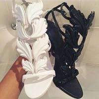 los mejores zapatos de tacones de cuero amarillo al por mayor-LTTL Best-seller Trendy Lady Angel Wings Negro Amarillo High Heels Sandals Gladiador Rome Women Leaf Leather Party Dress Bombas Zapatos