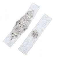 Wholesale Sexy Rhinestone Garter - 2 Pieces Lace Wedding Bridal Garter Set Handmade Flower Rhinestones Pearls Vintage Lace Wedding Bridal Leg Garters 2017 In Stock