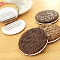 Wholesale cookie compact mirror for sale - Group buy Fashion Cocoa Cookies Mirror Makeup Mirrors with Comb Unique Cheap Sandwich Cooke Compact Mirrors Women Makeup Accessories Tools LZ0430